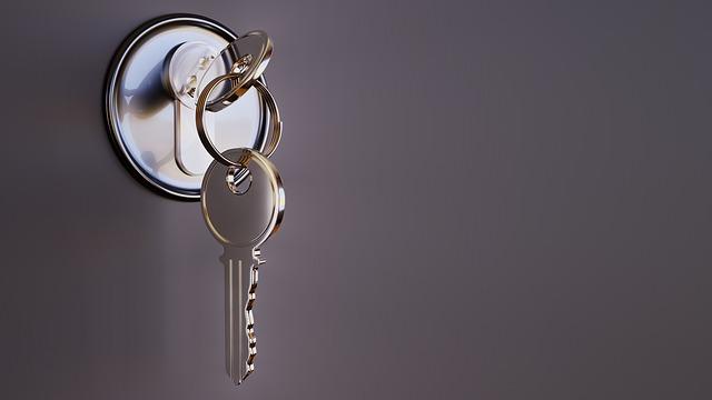 abrir una cerradura con un taladro