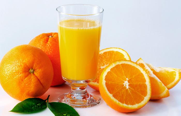 Como exprimir naranjas para hacer zumo