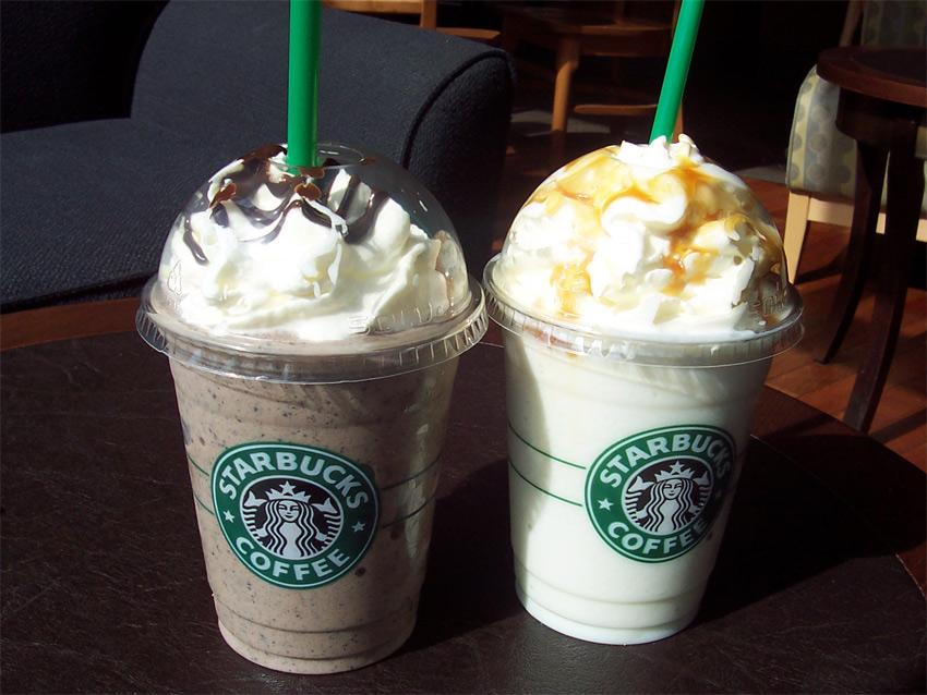 como encargar bebidas de Starbucks