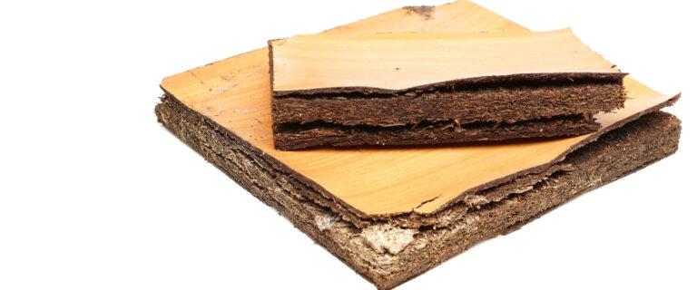 cómo reparar el aglomerado hinchado por la humedad