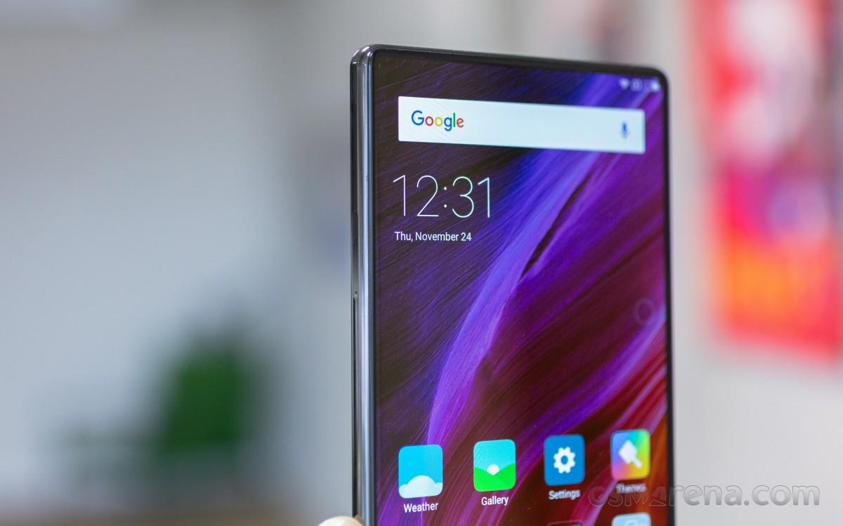 Flashback: Xiaomi Mi Mix ha dejado boquiabiertos con su diseño casi sin bisel