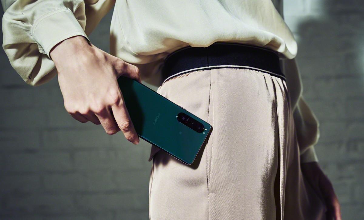 Sony Xperia 1 III y 5 III anunciados con cámaras revolucionarias