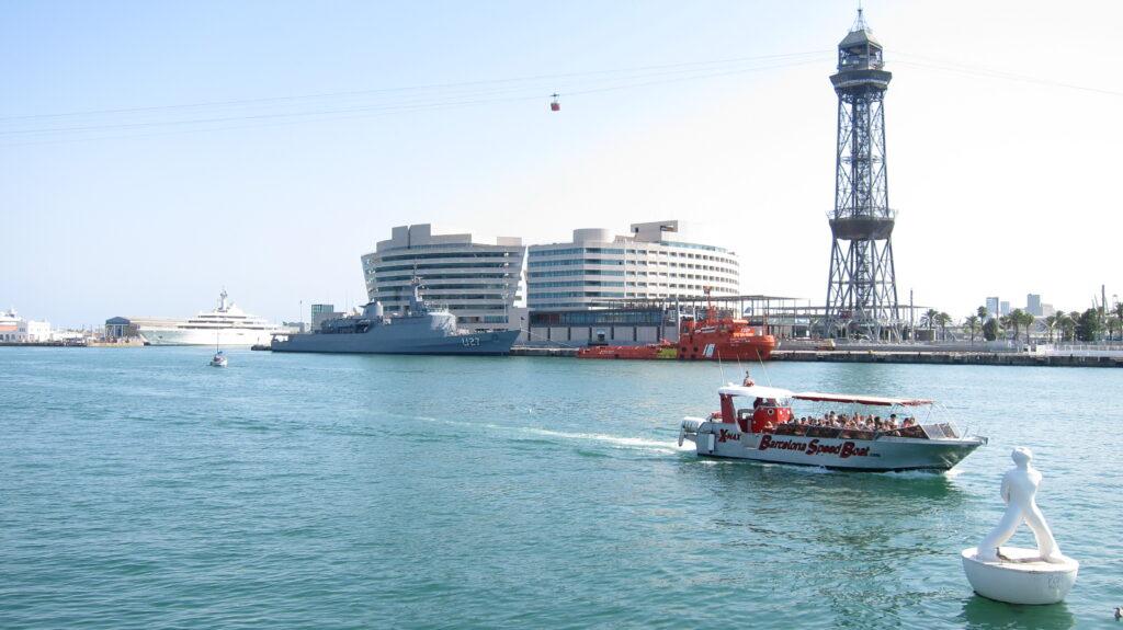 Deportes acuáticos en Barcelona - vela